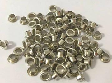Graine Créative metalen oogjes 7 mm, doos met 100 stuks